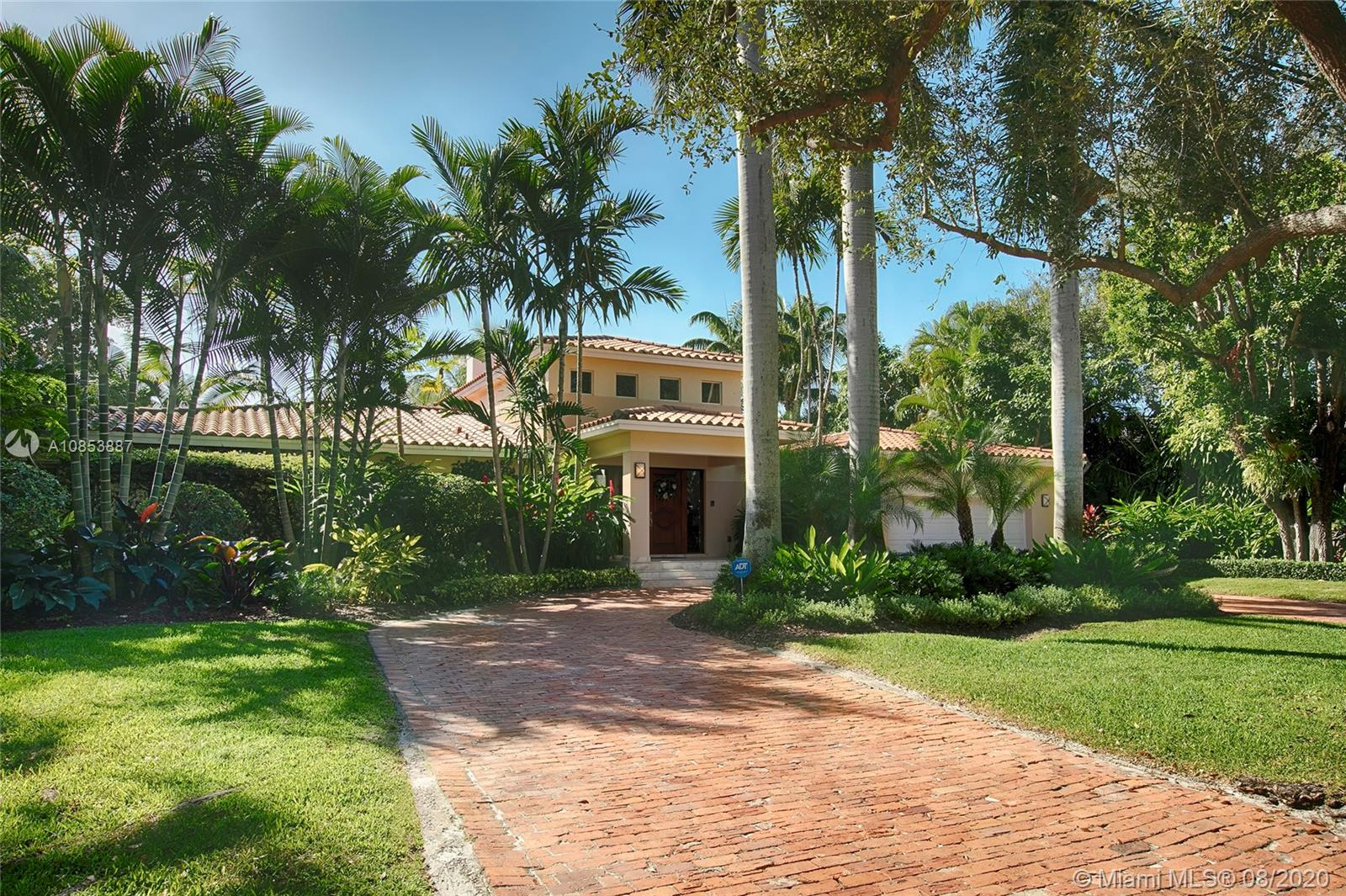 808  Jeronimo Dr  For Sale A10853887, FL