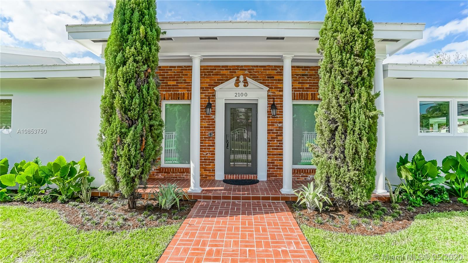 2100 SW 4th Ave  For Sale A10853750, FL