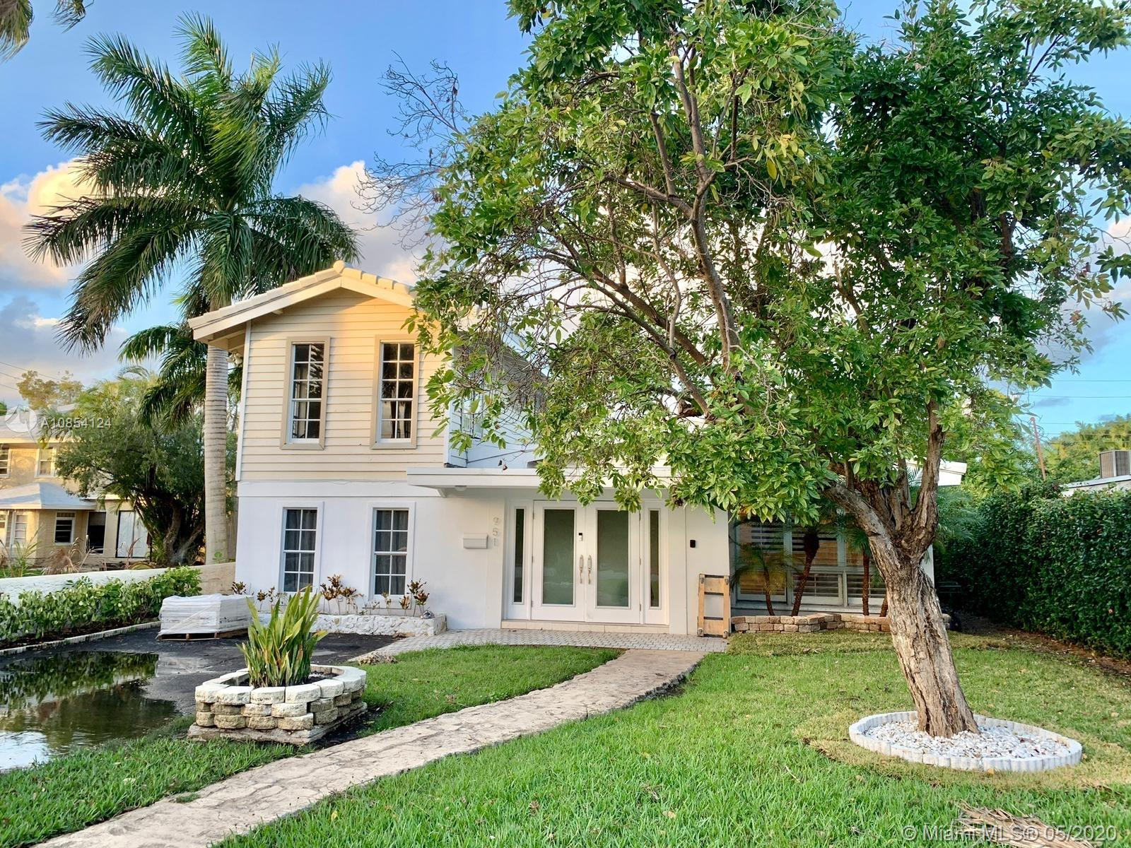 951  Buchanan St  For Sale A10854124, FL