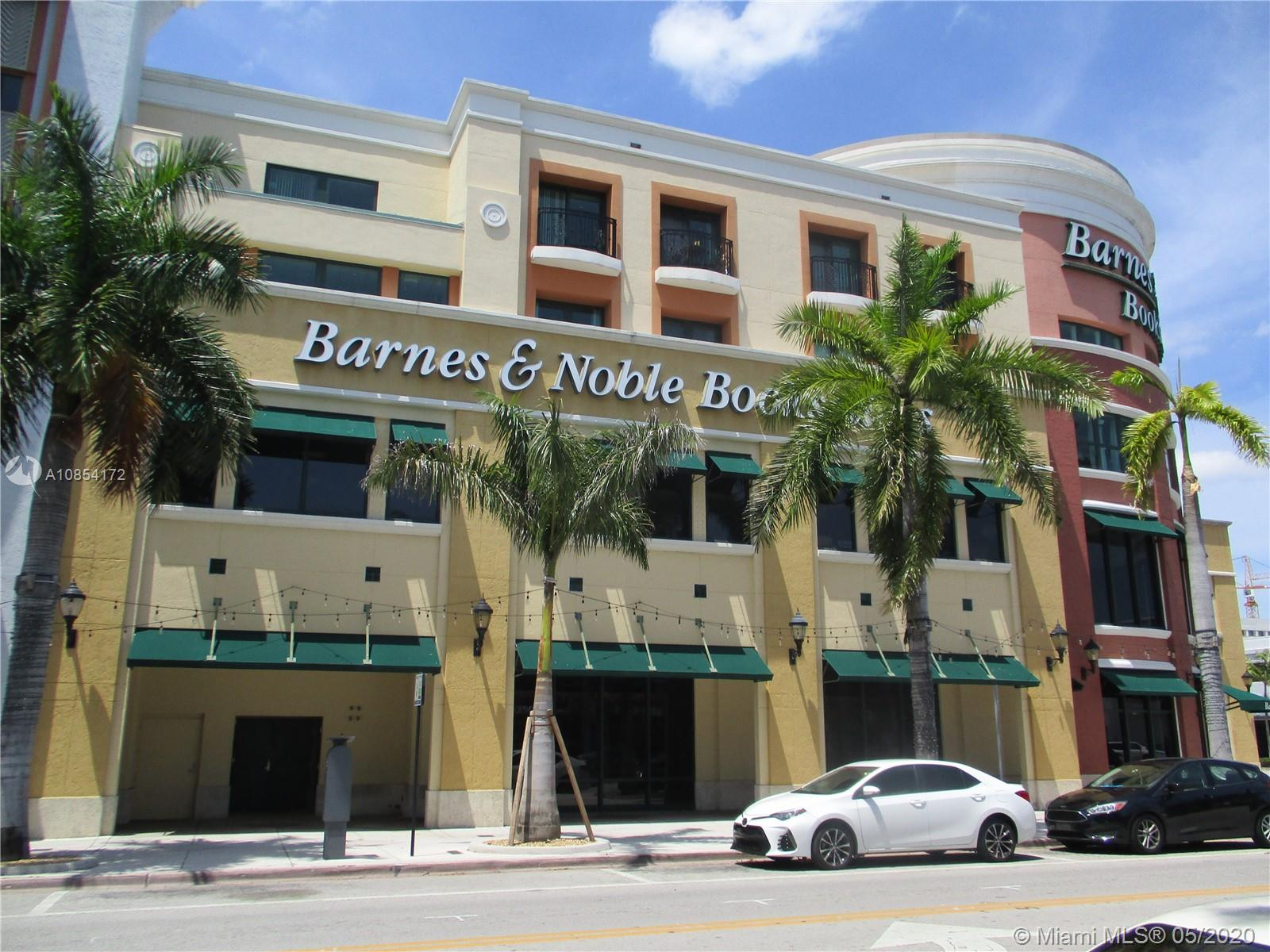 5727 SW 72nd St #5727 For Sale A10854172, FL