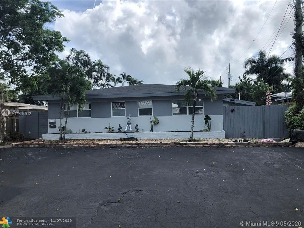 Updated and fully rented duplex in Oakland Park. Great location! 6% CAP rate. Please do not walk on property or disturb tenants. Please call listing agent for information or showing requests.