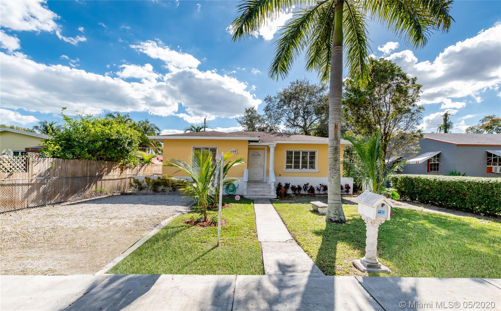 1126 NW 46th St  For Sale A10853593, FL