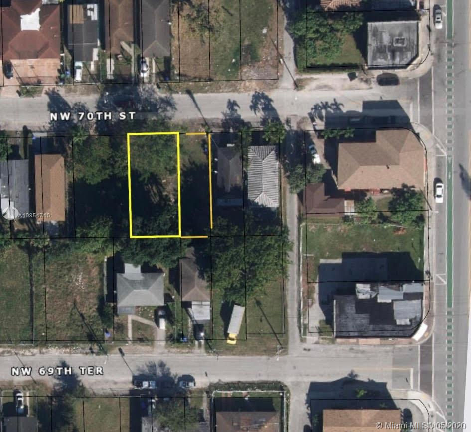 1532 NW 70th St  For Sale A10854710, FL