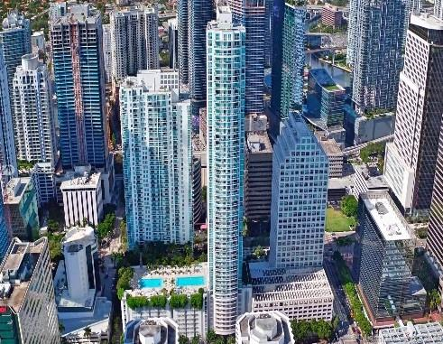 950  Brickell Bay Dr #2208 For Sale A10855642, FL