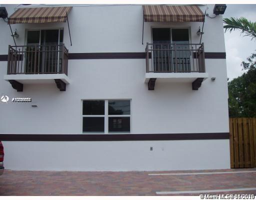 2722  Coconut Ave #2722 For Sale A10850557, FL