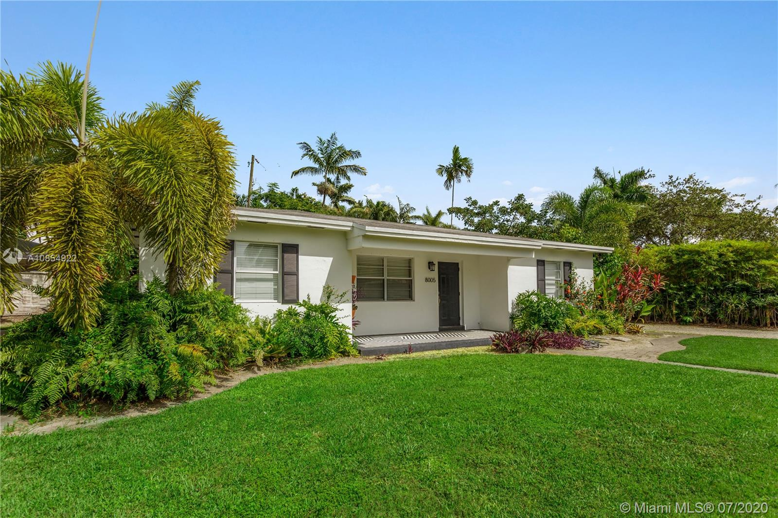 8005 SW 63rd Pl  For Sale A10854922, FL
