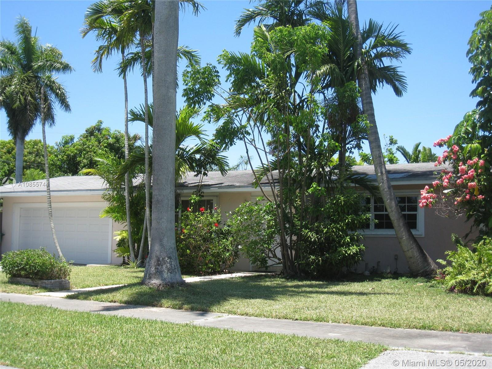 9321 SW 181st Ter  For Sale A10855744, FL