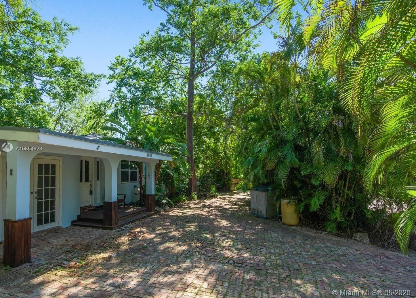 6401 SW 84th St  For Sale A10854923, FL