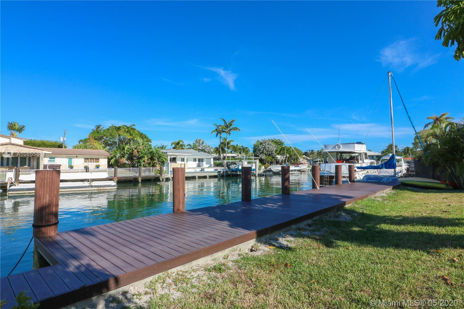 12805  Hickory Rd  For Sale A10855861, FL