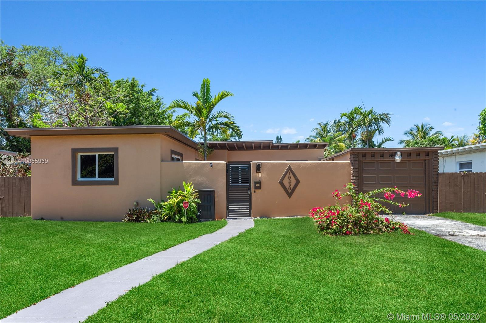 10330 NW 2nd Ave, Miami Shores, FL 33150