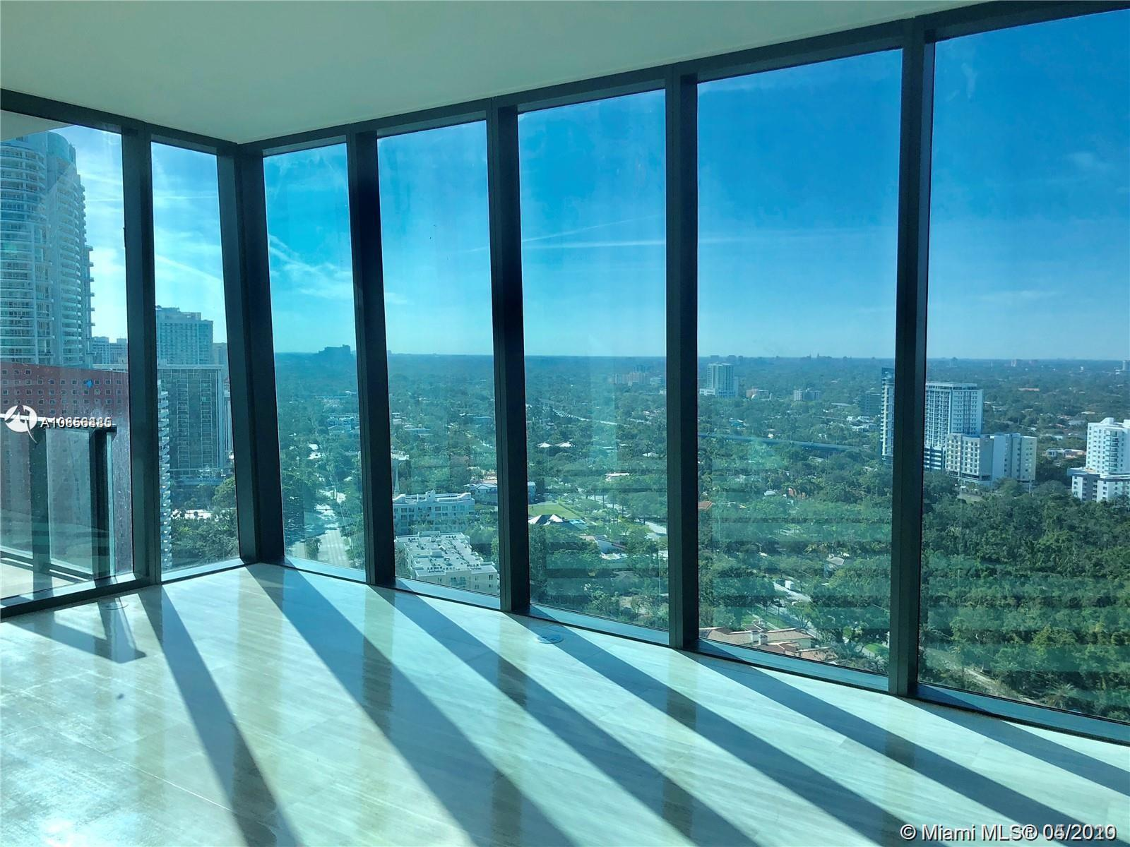 1451  Brickell Ave   2704-1