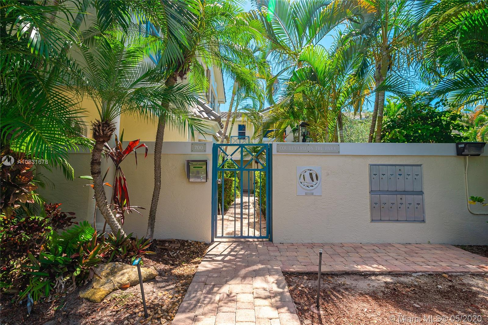 700 NE 7 AV #9 For Sale A10831678, FL