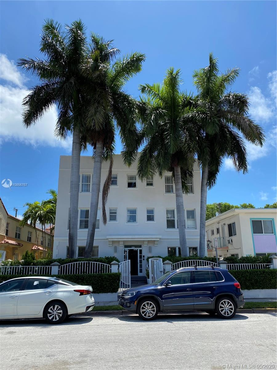 Spectacular Art Deco apartment built 1925 in the Heart of South Beach, recently renovated, brand new stainless steel appliances, freshly painted, new plumbing throughout entire unit, beautiful refinished solid wood floor, new toilette, bath tub, shower head, faucet, LED light fixtures, super clean, ready to move in, just 3 blocks away from the beach, close to Flamingo Park and Lincoln Rd, Rent right away, perfect for investors, no short term rentals. MOTIVATED SELLER, will entertain all offers.