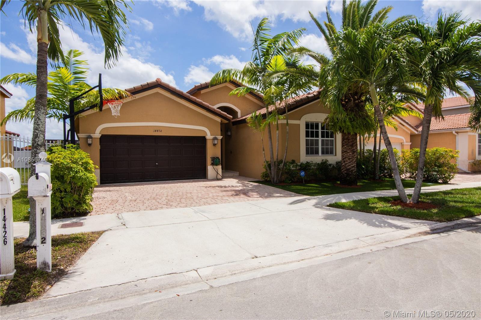 14432 SW 12th Ln, Miami, FL 33184