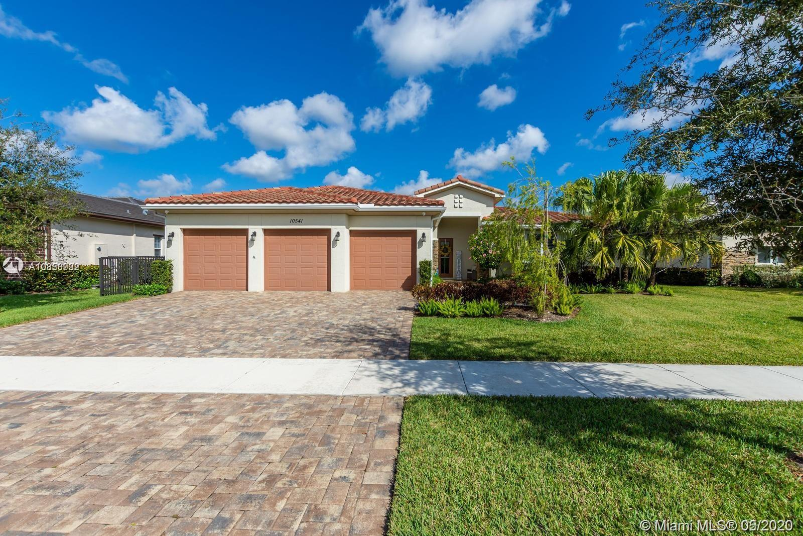 10541  Marin Ranches Dr  For Sale A10856992, FL