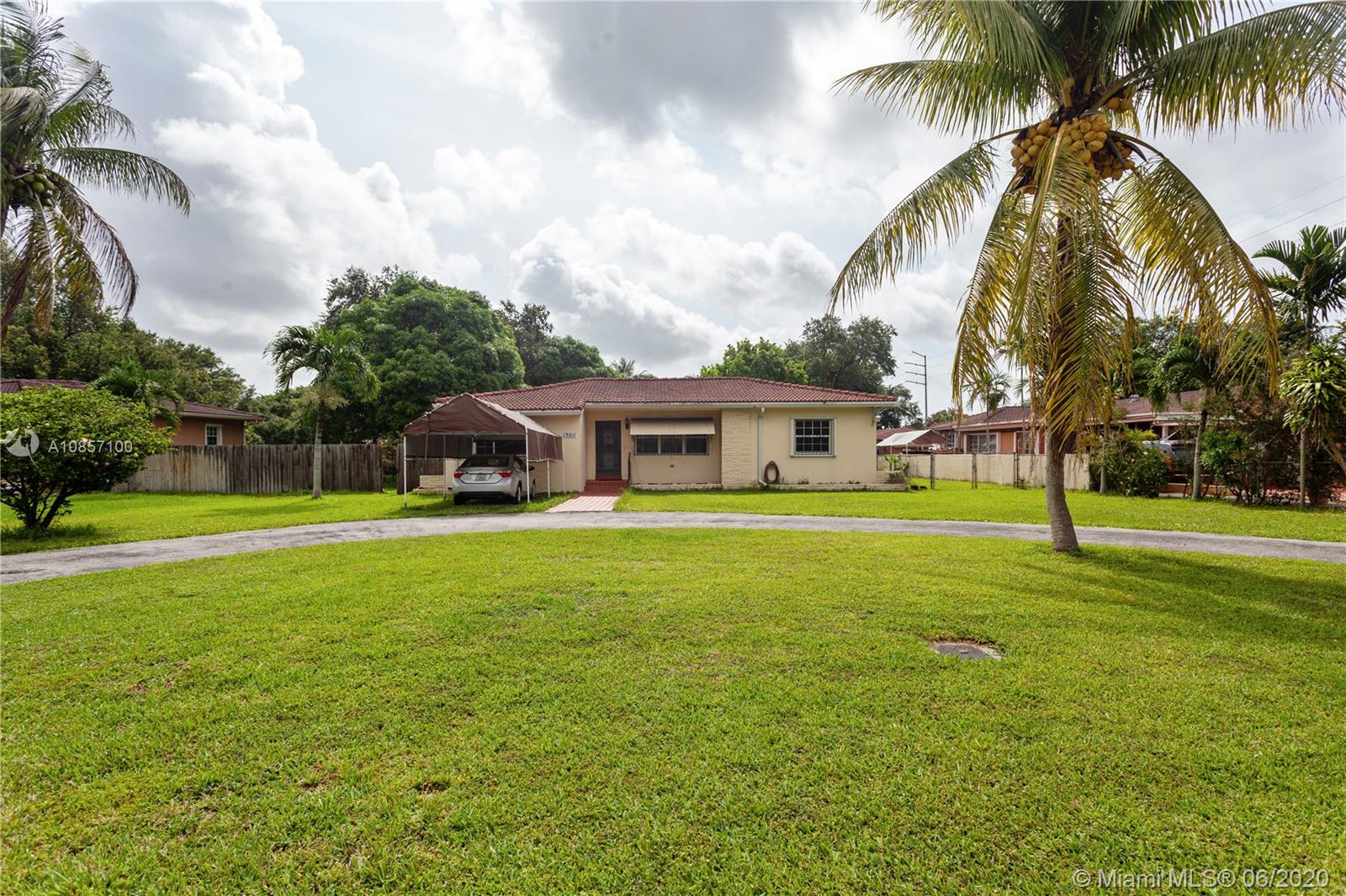 13511 NW 1st Ave  For Sale A10857100, FL