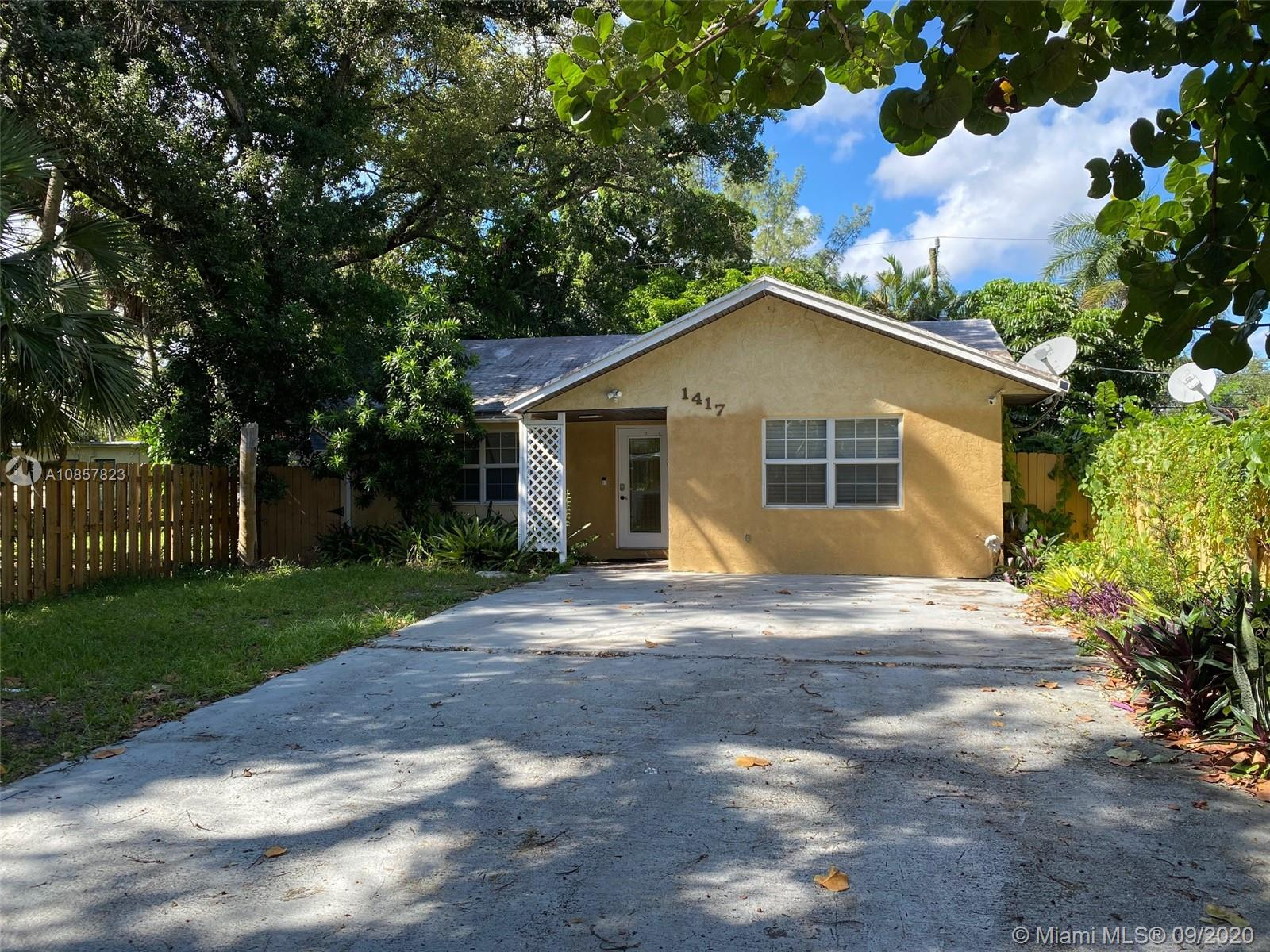 1415 SW 27th Ct  For Sale A10857823, FL