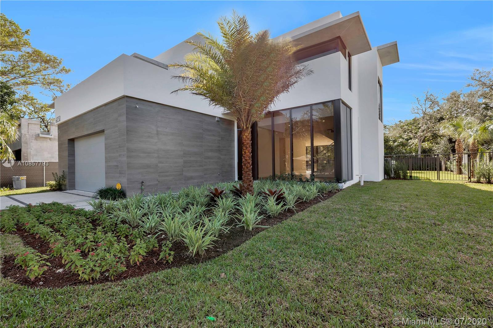 6030 SW 79th St  For Sale A10857793, FL