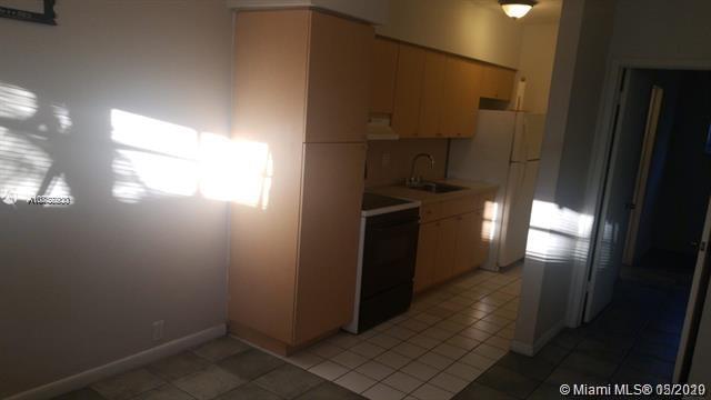 12605 NE 13th Ave #6 For Sale A10857900, FL
