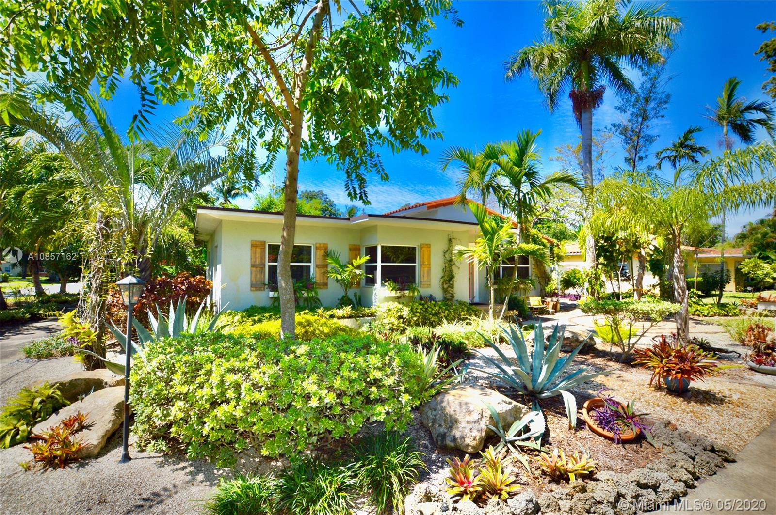 102 NW 106th St  For Sale A10857162, FL
