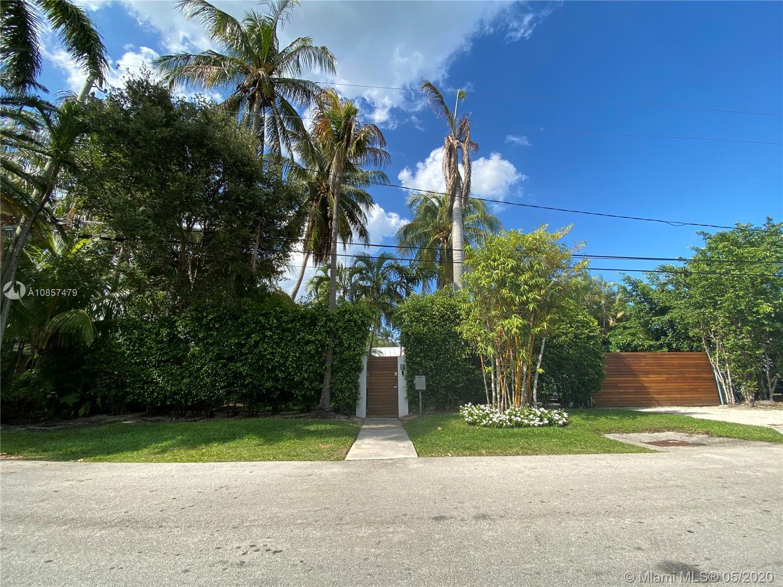 935 NE 75th St  For Sale A10857479, FL