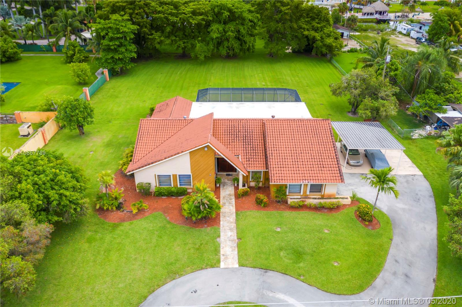 13425 NW 102nd Ave  For Sale A10857789, FL
