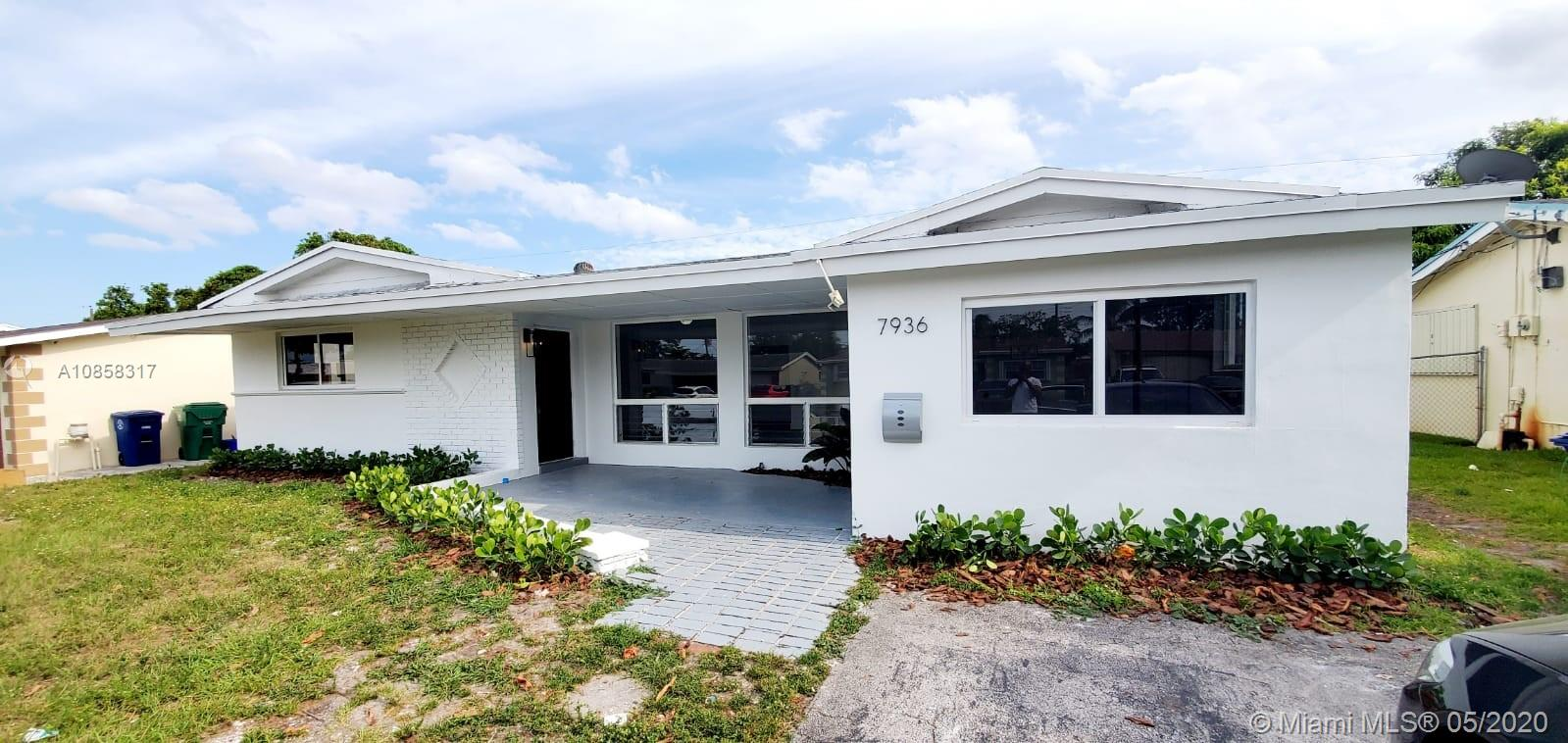7936  Tropicana St  For Sale A10858317, FL
