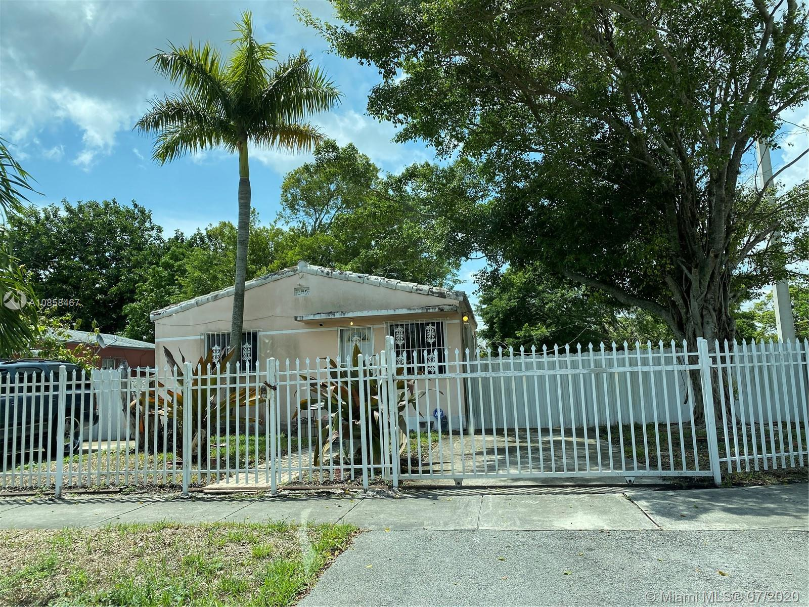 1000  Burlington St  For Sale A10858467, FL