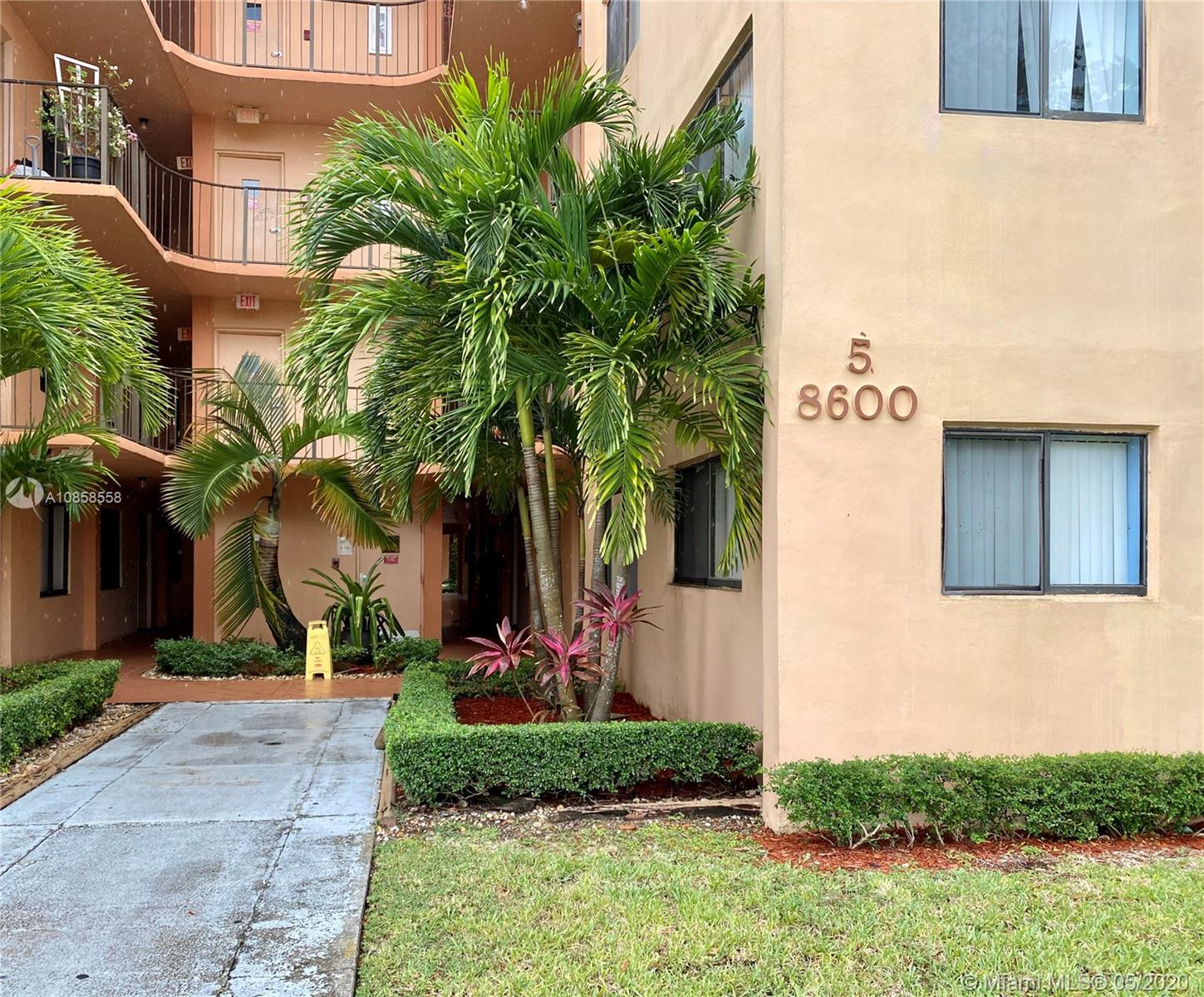 Fantastic opportunity to buy now! This spacious 2 bedroom 2 bathroom is located near major shopping  centers and just a few minutes from the turnpike.