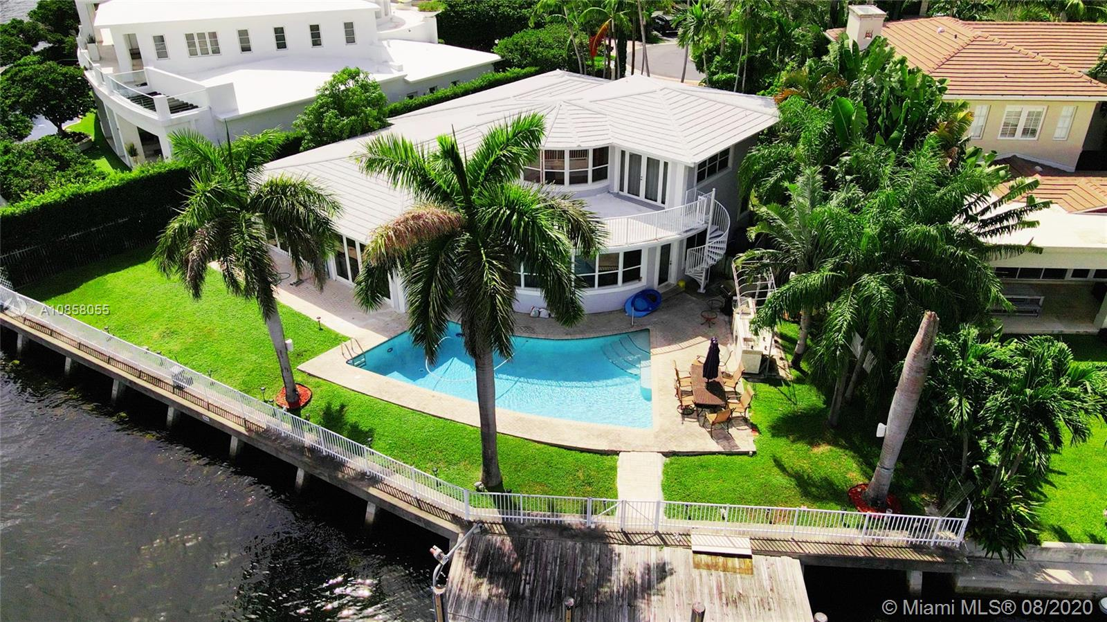 138 S Island Is  For Sale A10858055, FL