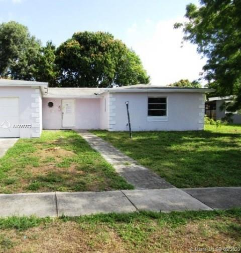 Great investment opportunity with this ranch style home. needs some new flooring throughout as well as updating. Discoloration may be present. Come and take a look today.