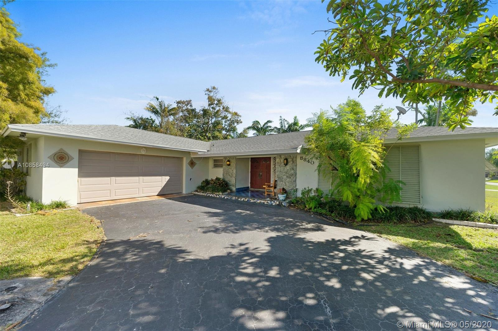 8840 SW 162nd St  For Sale A10858494, FL