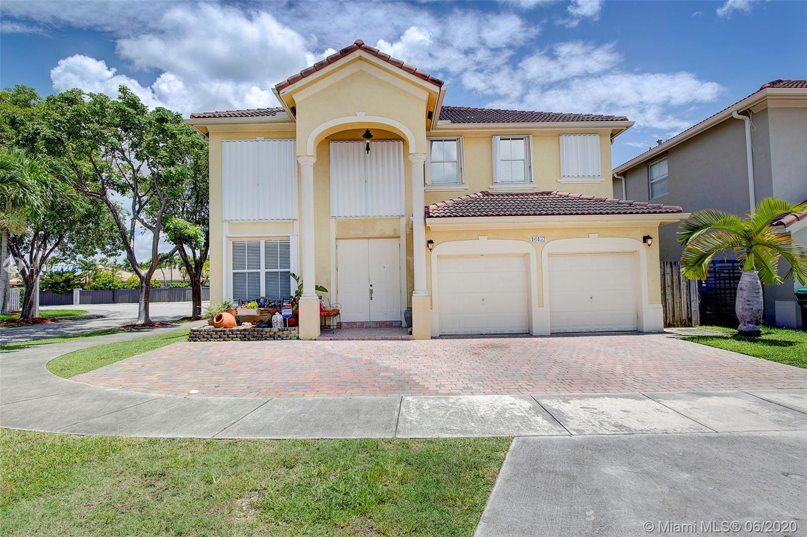 16437 SW 78th Ter  For Sale A10857277, FL