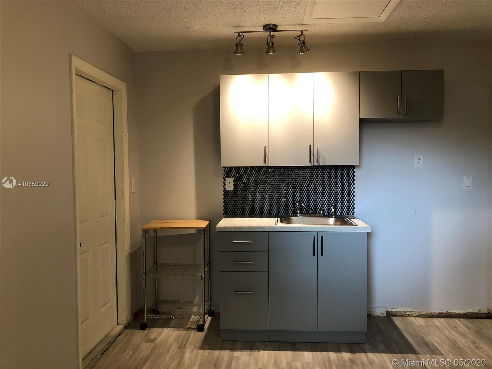 2620 SW 32nd Ave #2 For Sale A10859229, FL