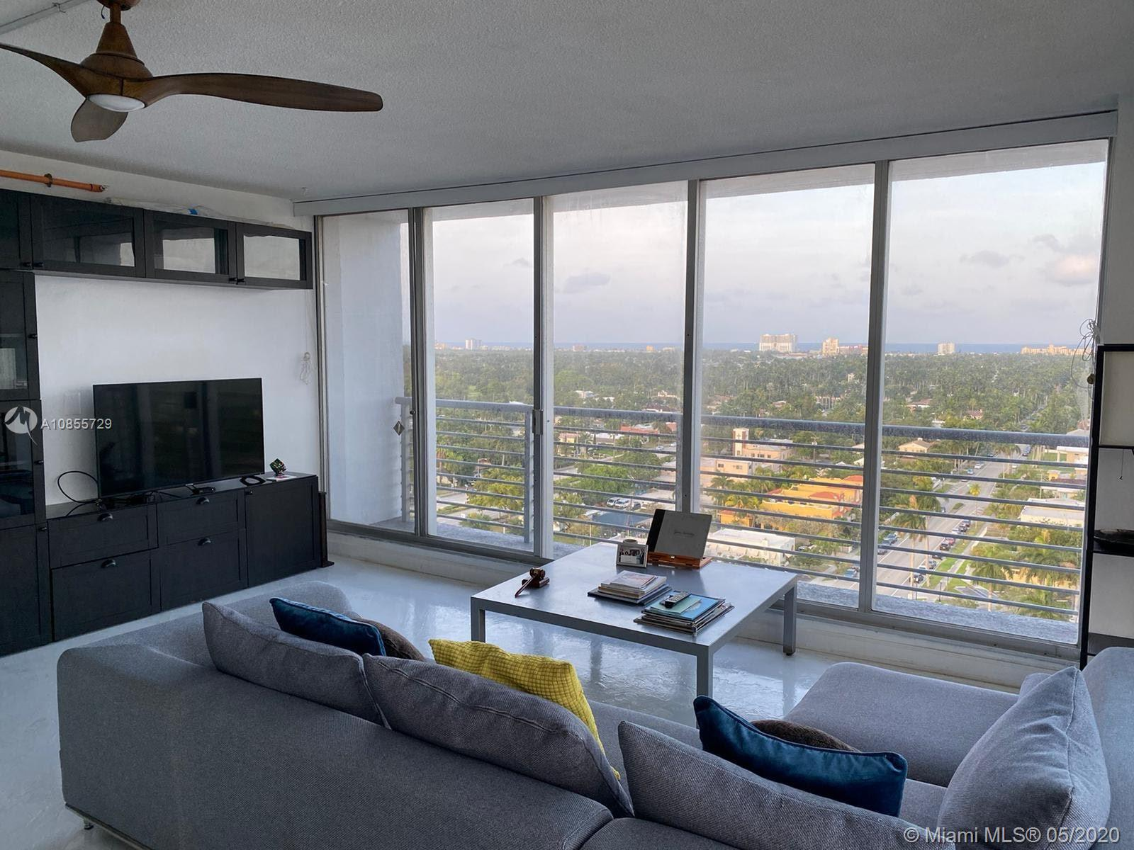 BACK ON THE MARKET!! SPECTACULAR VIEWS FROM THIS BEAUTIFUL AND SPACIOUS 1 BDR / 2 BATH APARTMENT LOCATED ON YOUNG CIRCLE IN DOWNTOWN HOLLYWOOD. KITCHEN HAS NEWER APPLIANCES. BEAUTIFUL RESIN-CEMENT FLOORS. UNOBSTRUCTED VIEWS TO THE OCEAN AND SOUTH. VERY CLOSE TO BEACHES, RESTAURANTS, ATS PARK, AND TRANSPORTATION.