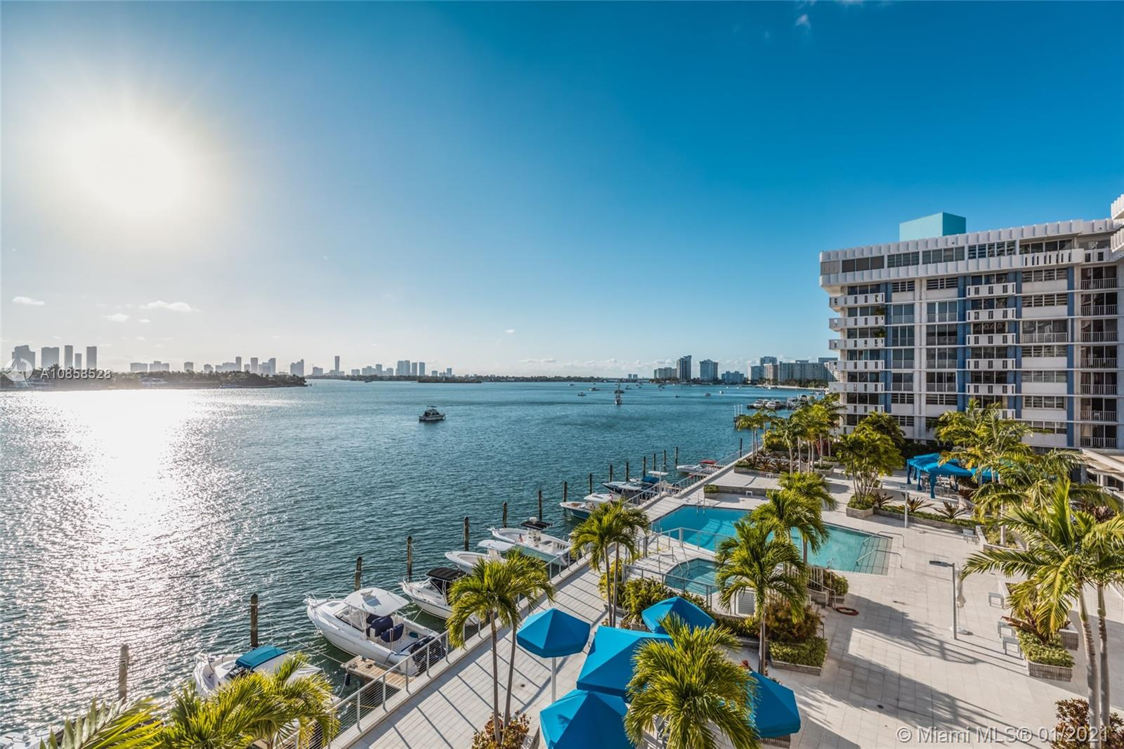 800  West Ave #546 For Sale A10858528, FL