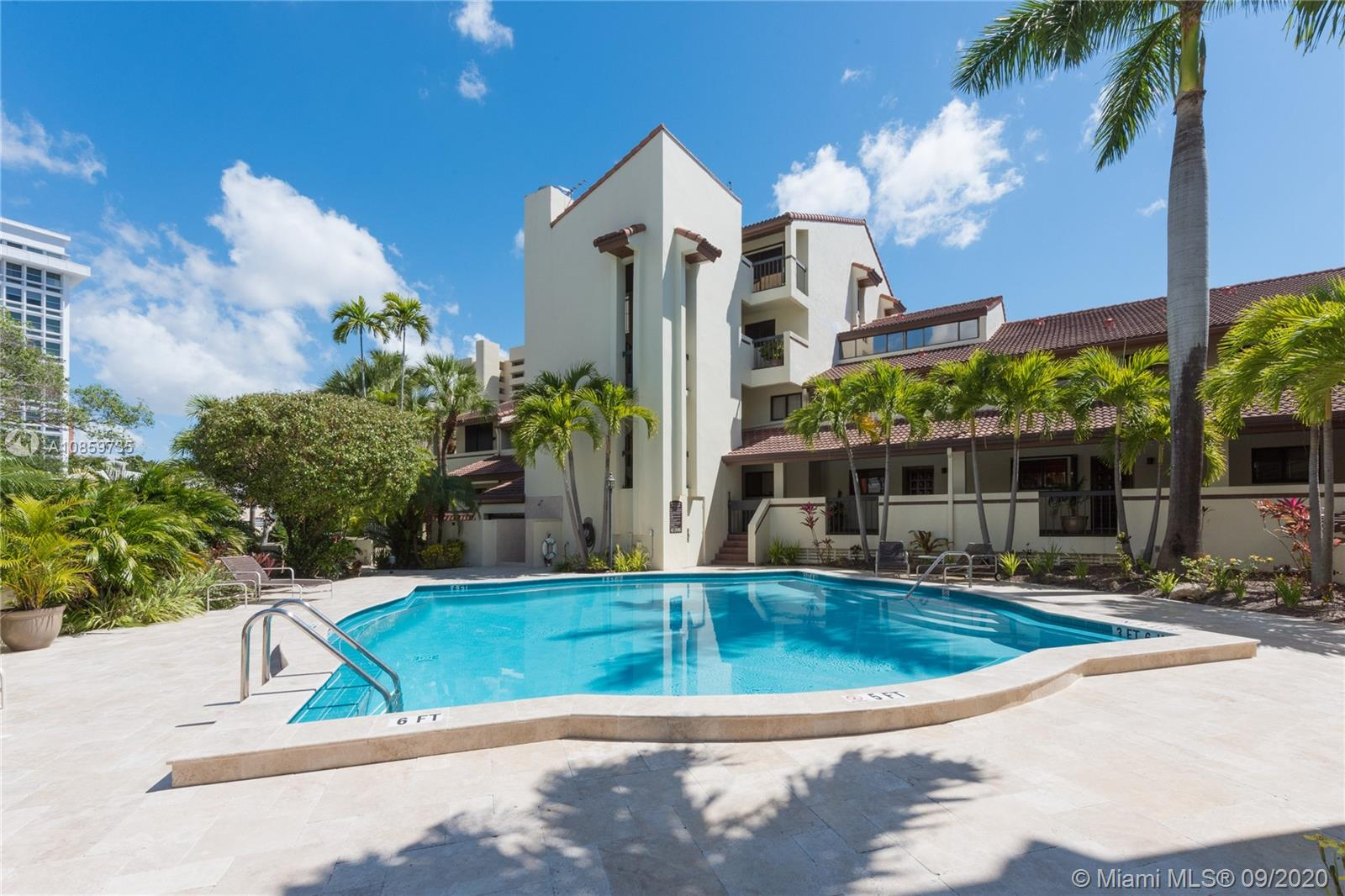 2600  Cardena St #16 For Sale A10859735, FL