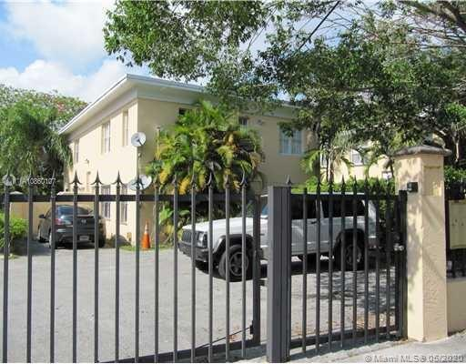 3395  Franklin Ave #B For Sale A10860107, FL
