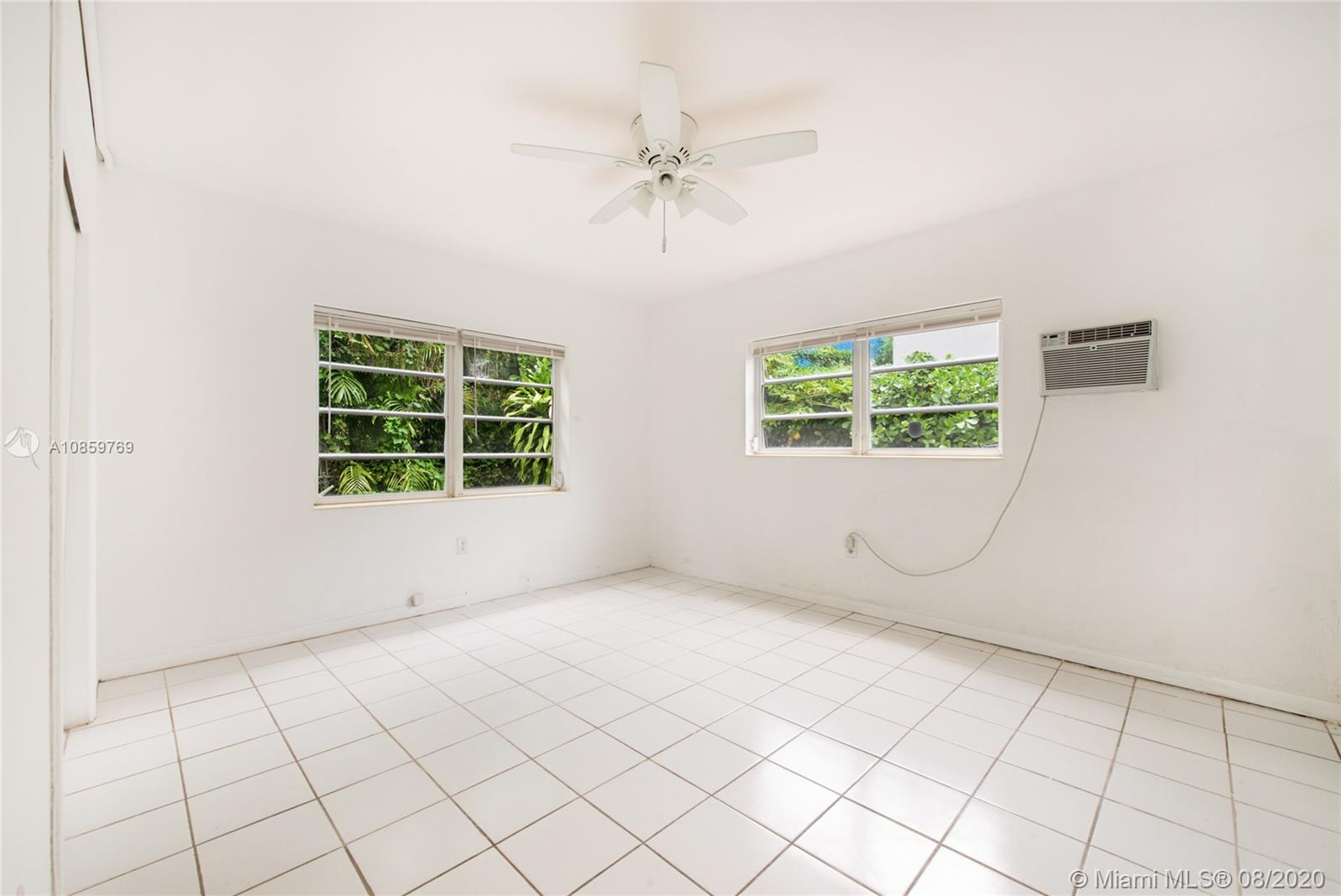 51  Edgewater Dr #4 For Sale A10859769, FL