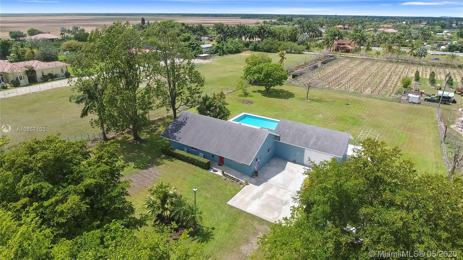 21411 SW 248th St  For Sale A10857103, FL