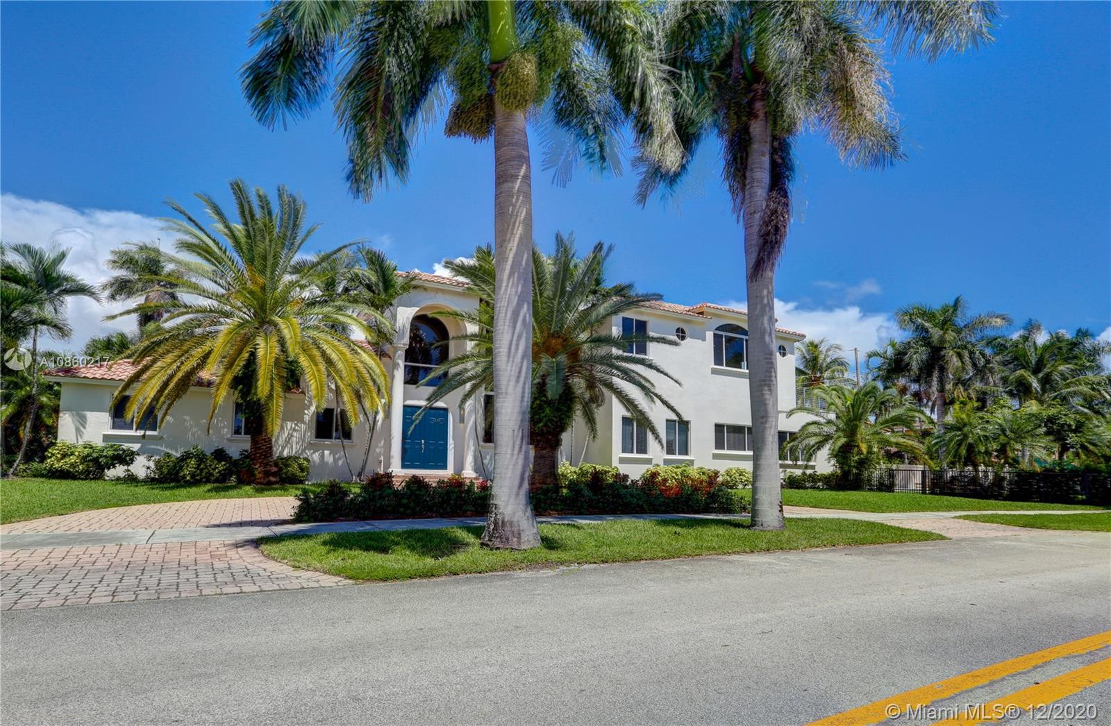 1205 N Northlake Dr  For Sale A10860217, FL