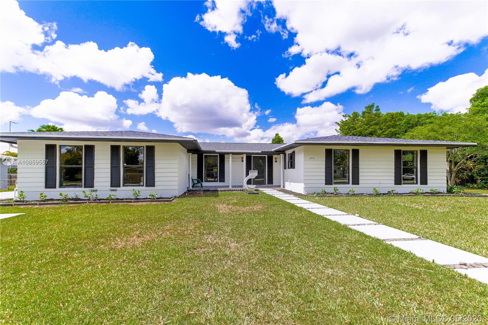8451 SW 152nd St  For Sale A10859557, FL