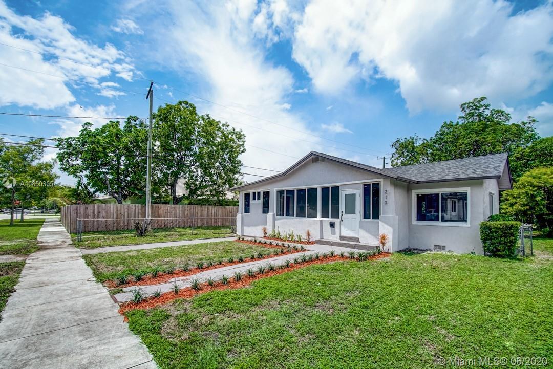 210  Lawn Way  For Sale A10859305, FL