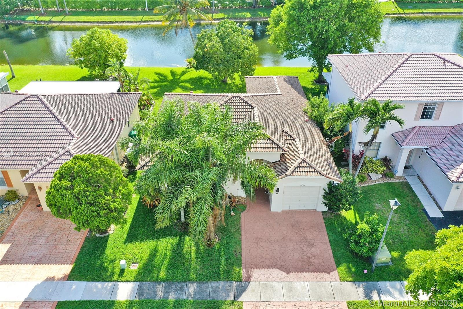 1800 SW 120th Ter  For Sale A10860489, FL