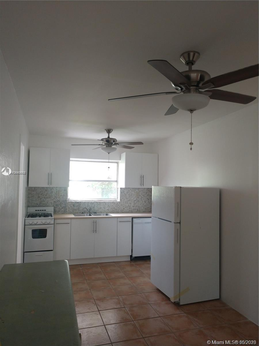 11342  Peachtree Dr #4 For Sale A10860502, FL