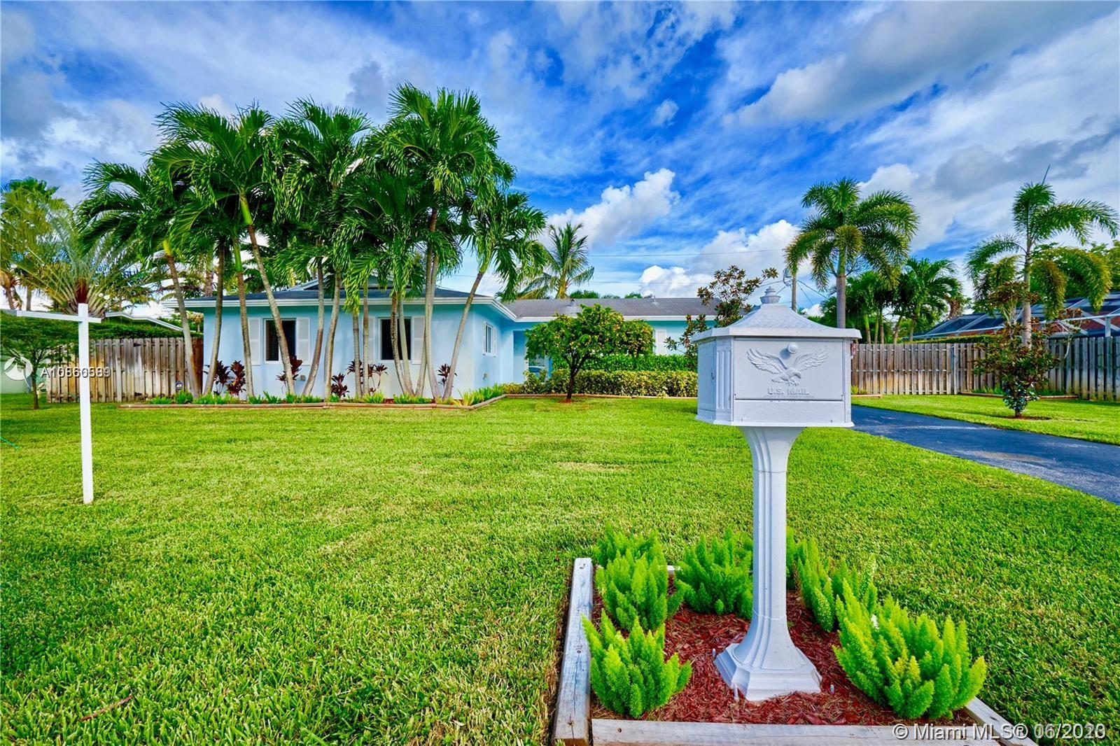 14721 SW 87th Pl  For Sale A10860589, FL