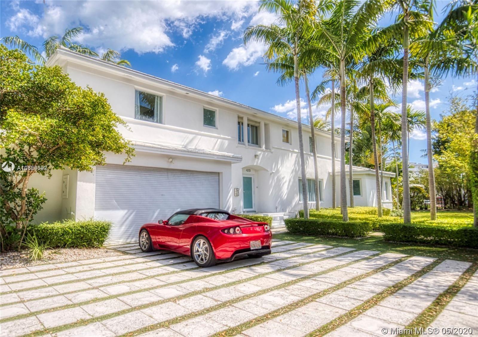 4213  Nautilus Dr  For Sale A10859692, FL