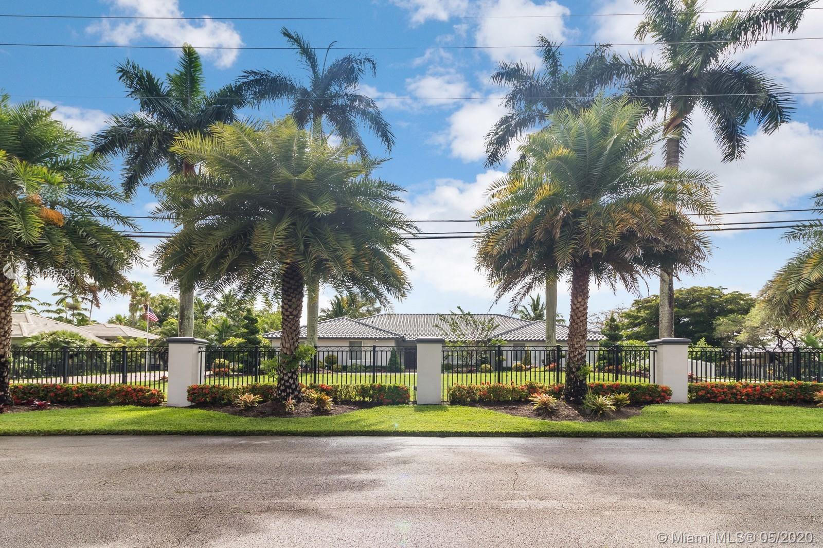 3501 SW 139th Ave  For Sale A10857291, FL