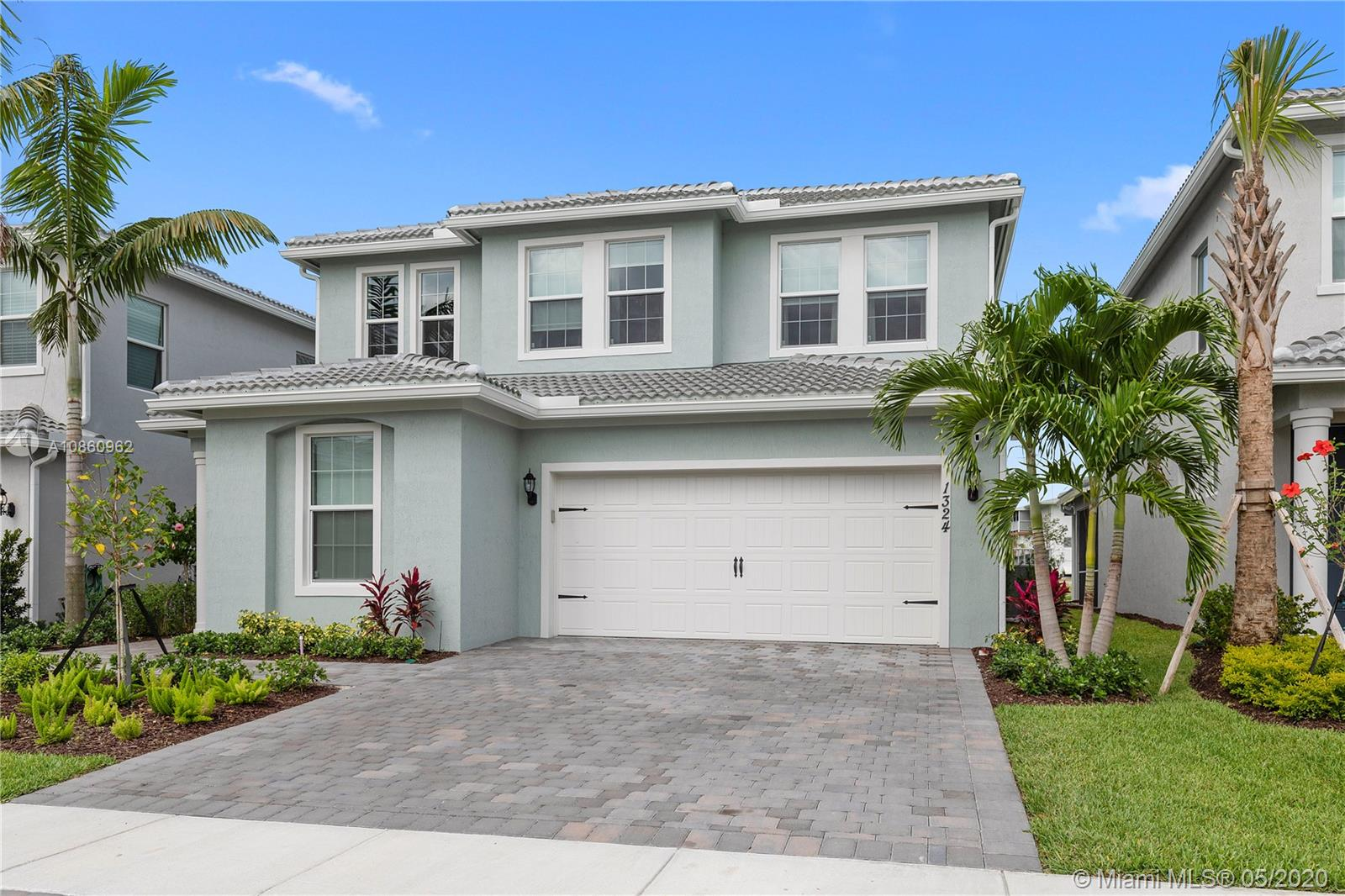 1324  Silk Oak Dr  For Sale A10860962, FL
