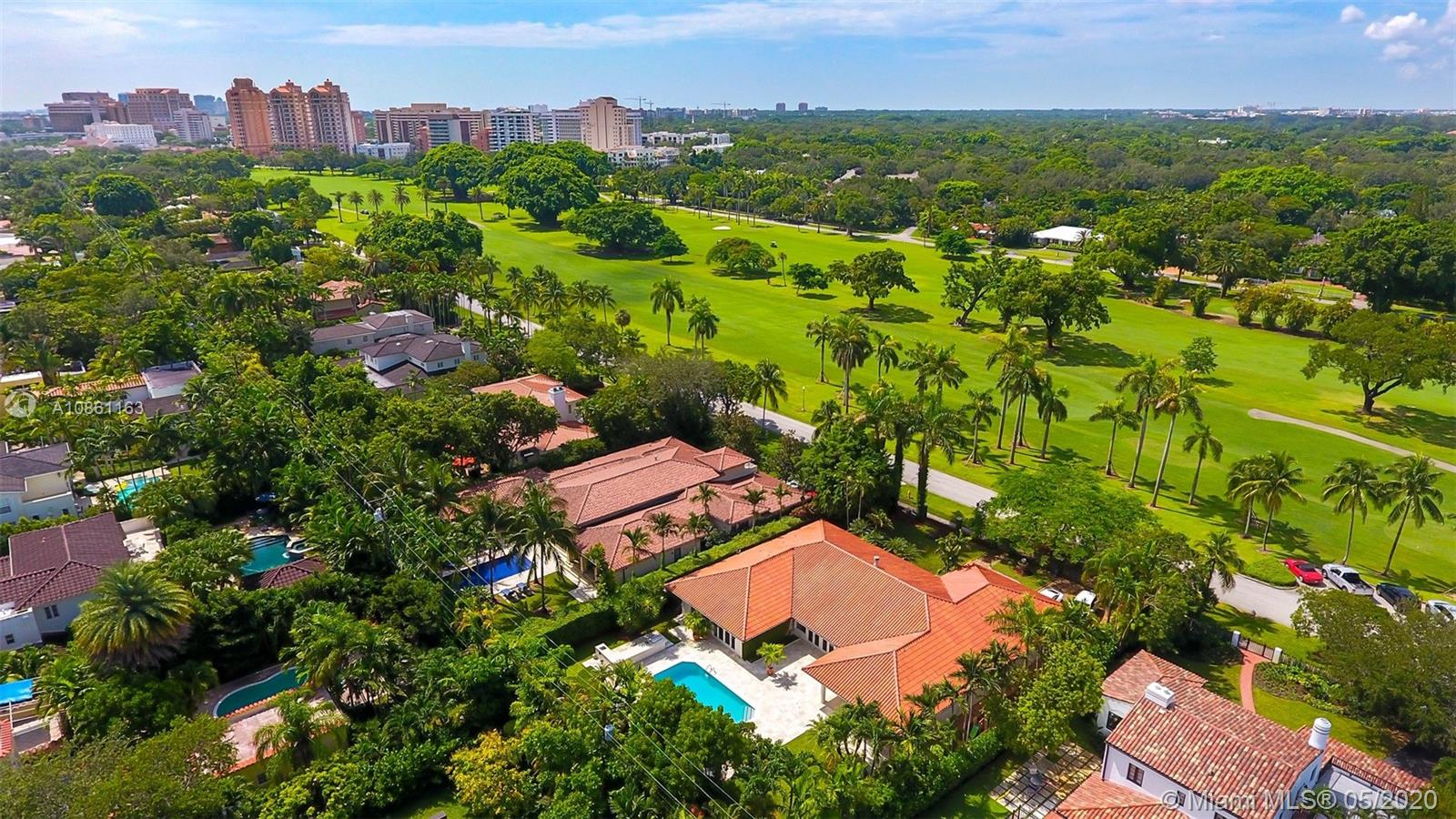 901 N Greenway Dr  For Sale A10861163, FL